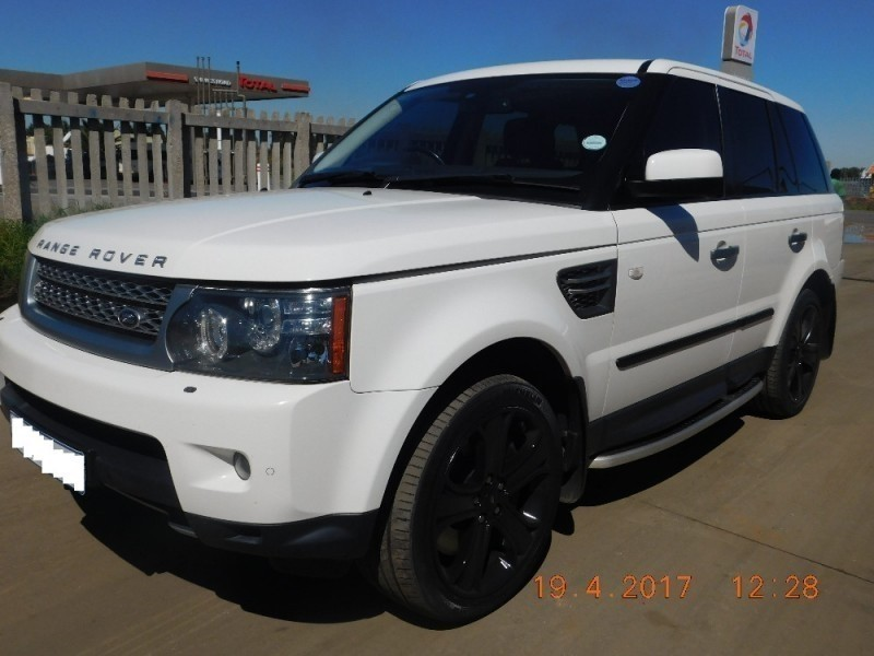 used 2010 land rover range rover for sale pricing autos post. Black Bedroom Furniture Sets. Home Design Ideas