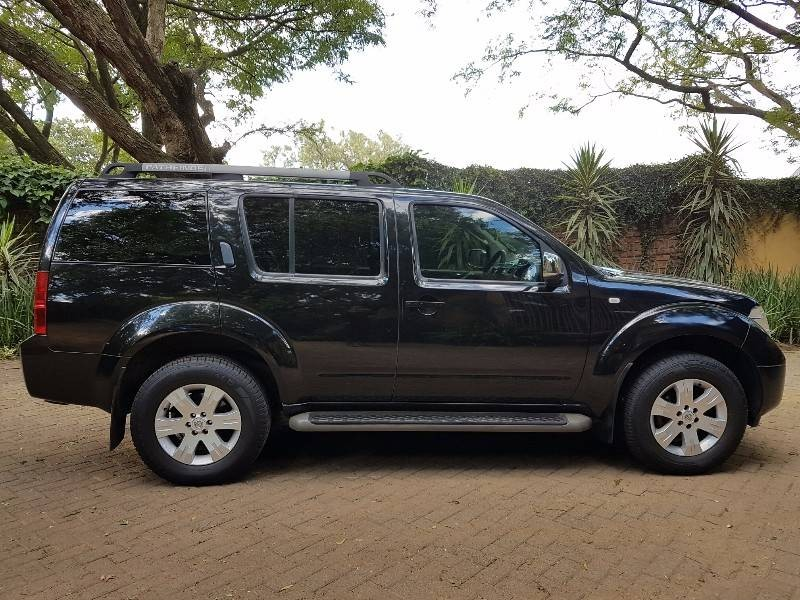 used nissan pathfinder 2 5 dci 4x4 le a t l16 for sale. Black Bedroom Furniture Sets. Home Design Ideas