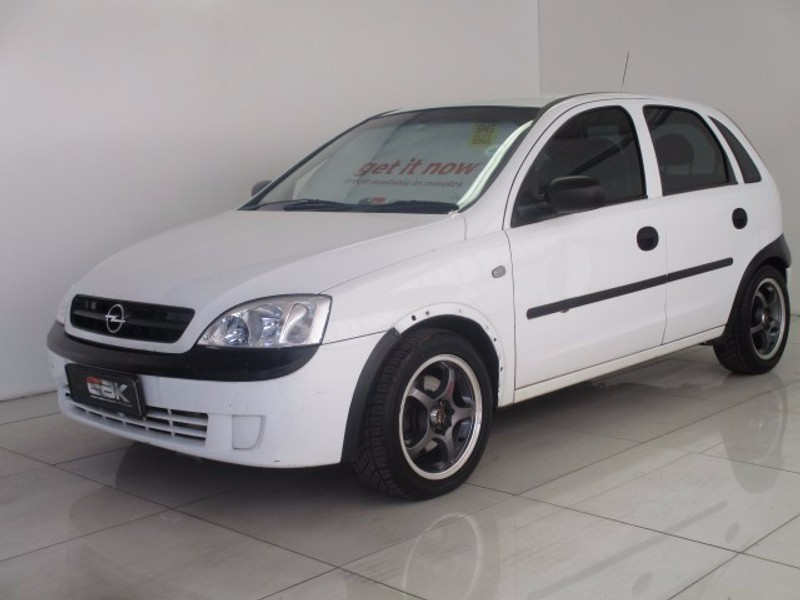 used opel corsa 1 7 dti elegance for sale in gauteng. Black Bedroom Furniture Sets. Home Design Ideas