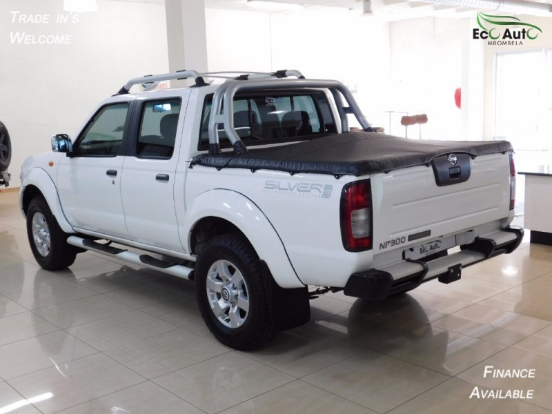 used nissan hardbody np300 2 5 tdi hi rider double cab. Black Bedroom Furniture Sets. Home Design Ideas