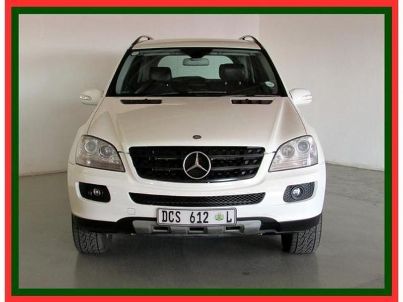 Used mercedes benz m class ml 320 cdi a t for sale in for Mercedes benz service advisor salary