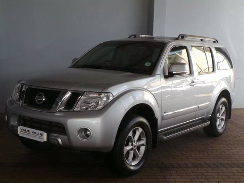 Used Nissan Pathfinder 3 0 Dci V6 Le A T For Sale In