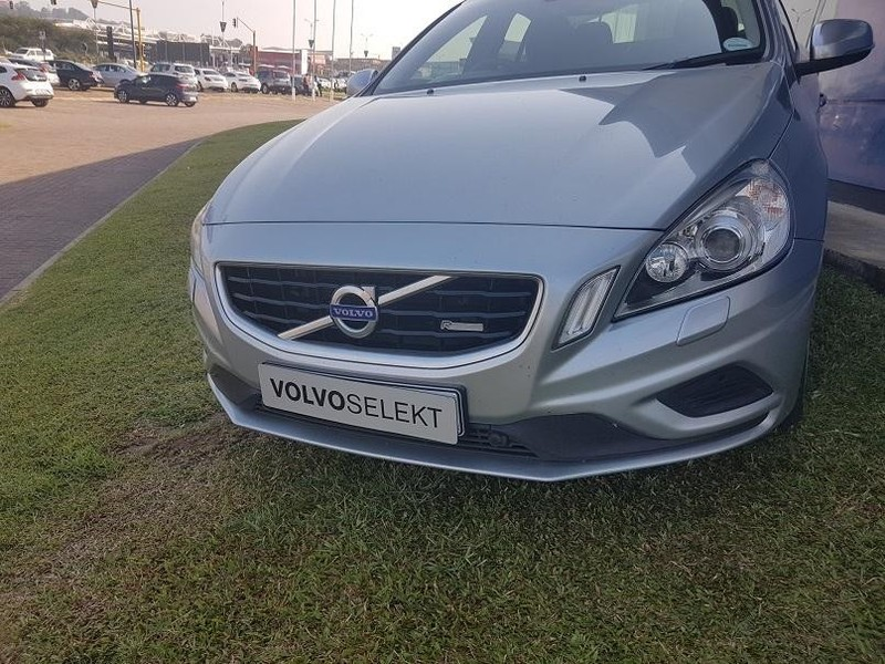 used volvo s60 t6 r design geartronic awd for sale in mpumalanga id 2033023. Black Bedroom Furniture Sets. Home Design Ideas