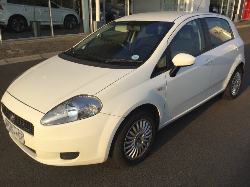 used fiat grande punto 1 2 16v dynamic 5dr a t for sale in gauteng id 2034383. Black Bedroom Furniture Sets. Home Design Ideas
