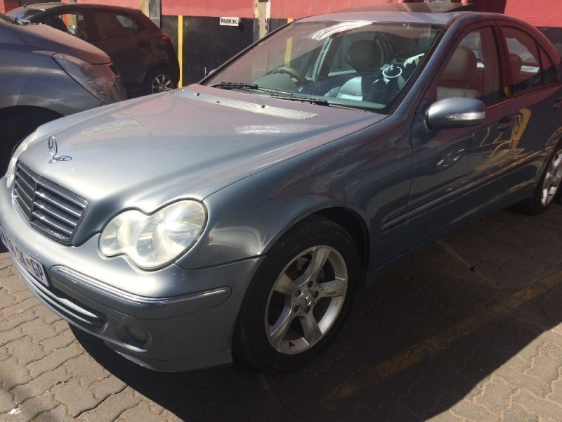 Used mercedes benz c class c 180 avantgarde for sale in for 2008 mercedes benz c class for sale