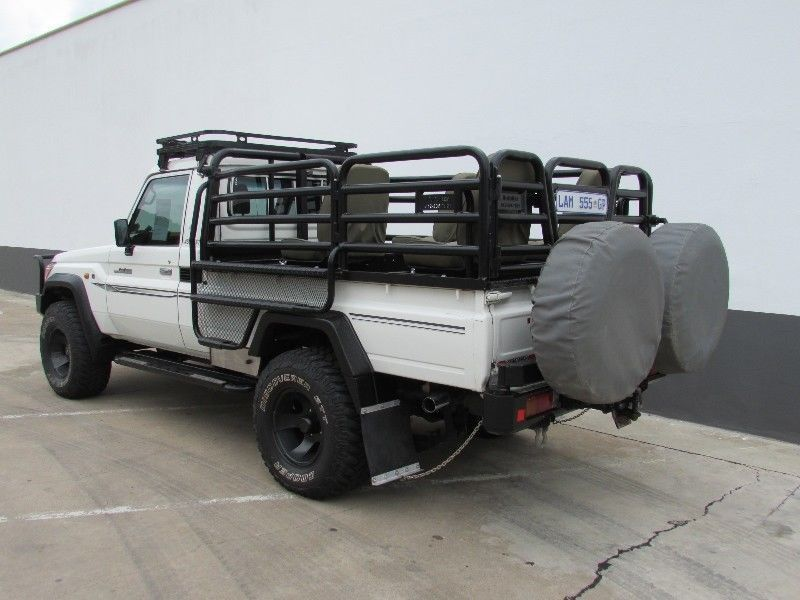 used toyota land cruiser 70 p u s c for sale in gauteng id 2046677. Black Bedroom Furniture Sets. Home Design Ideas