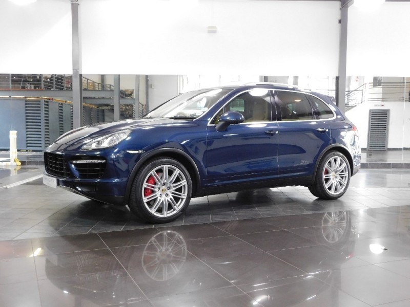 used porsche cayenne turbo tiptronic for sale in gauteng id 2052689. Black Bedroom Furniture Sets. Home Design Ideas