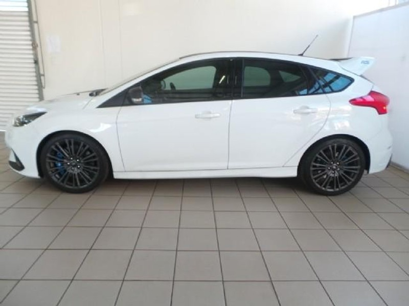 used ford focus rs 2 3 ecosboost awd 5 door for sale in. Black Bedroom Furniture Sets. Home Design Ideas