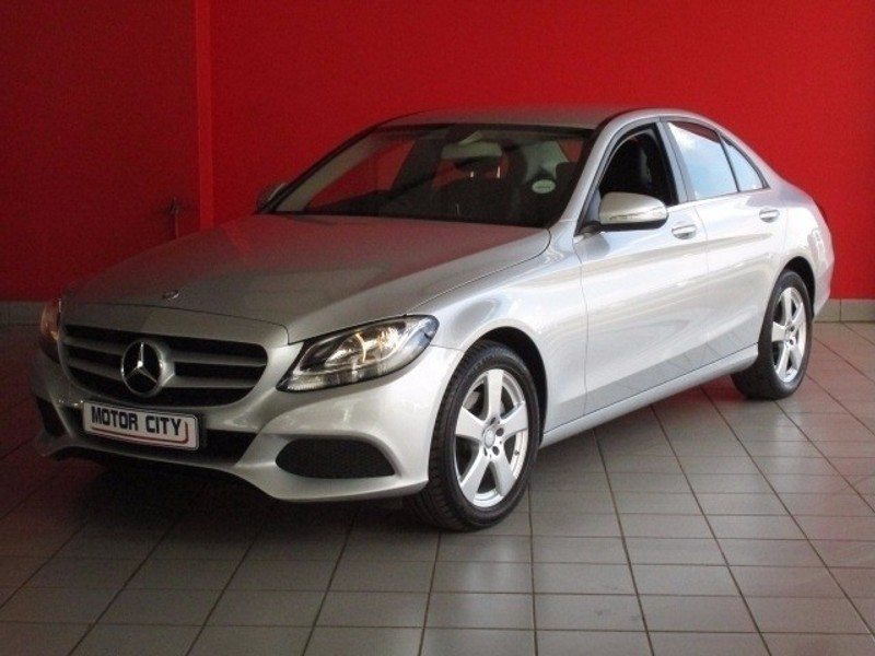 Used mercedes benz c class c220 diesel bluetec auto for for Mercedes benz worldwide sales figures