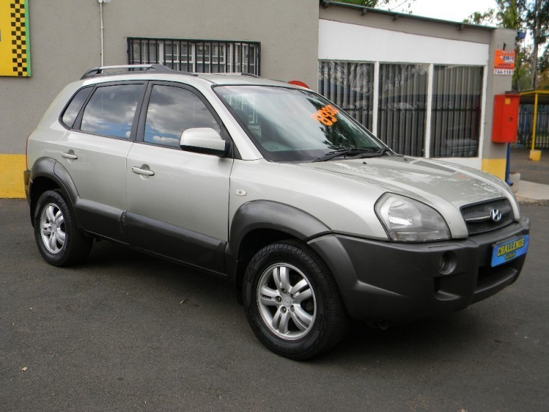 used hyundai tucson 2 0 gls for sale in gauteng. Black Bedroom Furniture Sets. Home Design Ideas
