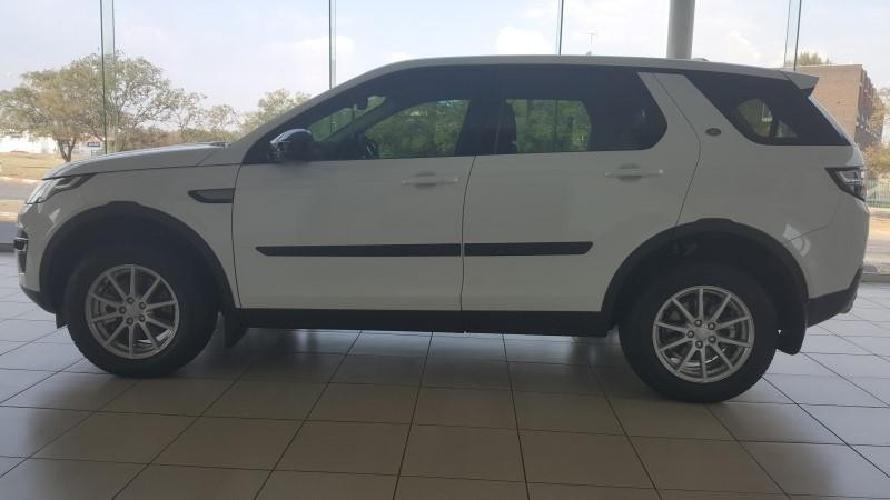 used land rover discovery sport d pure for sale in gauteng id 2072209. Black Bedroom Furniture Sets. Home Design Ideas