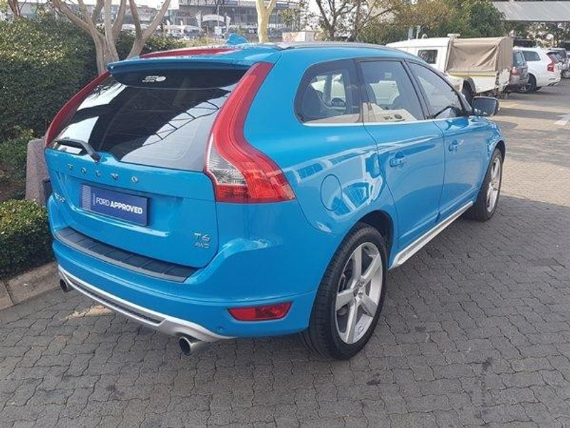 used volvo xc60 t6 geartronic r design awd for sale in north west province id 2076216. Black Bedroom Furniture Sets. Home Design Ideas