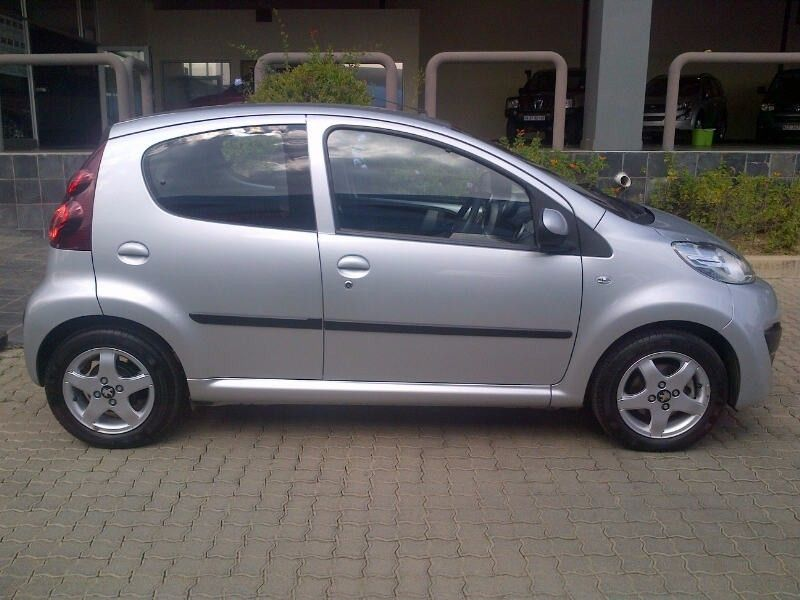 used peugeot 107 trendy for sale in gauteng id 2083520. Black Bedroom Furniture Sets. Home Design Ideas