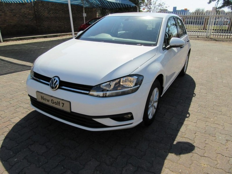 used volkswagen golf vii 1 0 tsi trendline for sale in gauteng id 2086050. Black Bedroom Furniture Sets. Home Design Ideas