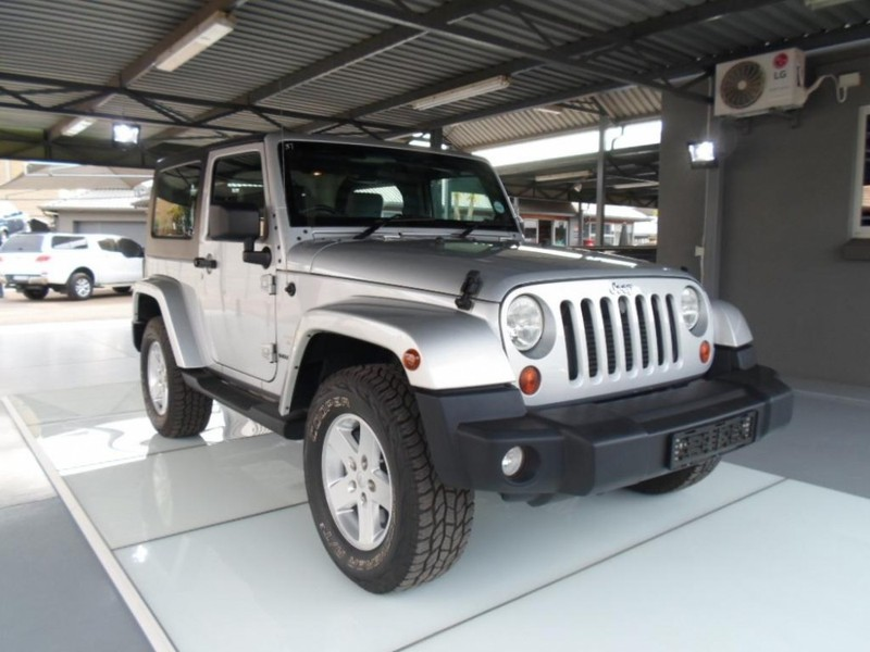 used jeep wrangler 2 8 crd sahara 2dr a t for sale in gauteng id 2095054. Black Bedroom Furniture Sets. Home Design Ideas