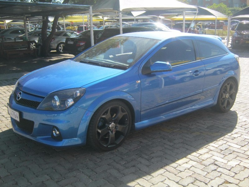 used opel astra 2 0 opc for sale in gauteng id 2096288. Black Bedroom Furniture Sets. Home Design Ideas