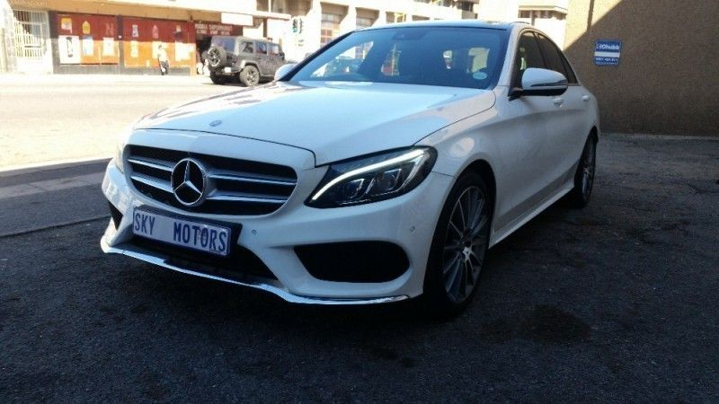 Used mercedes benz c class demo stylish classy amg for Mercedes benz demo cars