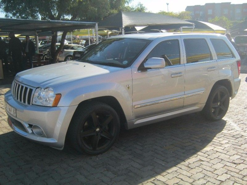 used jeep grand cherokee srt8 for sale in gauteng id 2107164. Black Bedroom Furniture Sets. Home Design Ideas