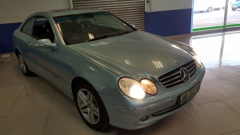 Used mercedes benz clk class clk 320 coupe a t for sale in for 2005 mercedes benz clk class coupe