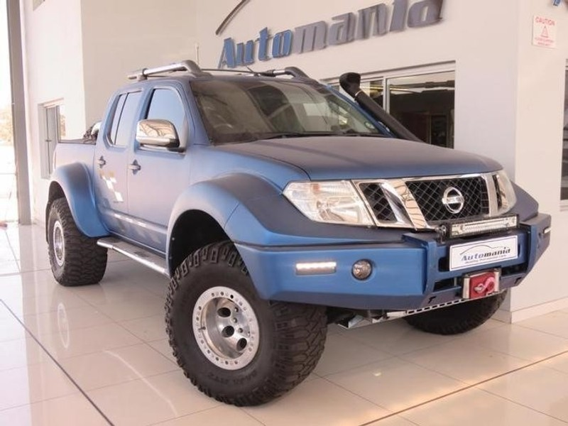 used nissan navara 2011 nissan navara v6 double cab le for sale in gauteng. Black Bedroom Furniture Sets. Home Design Ideas