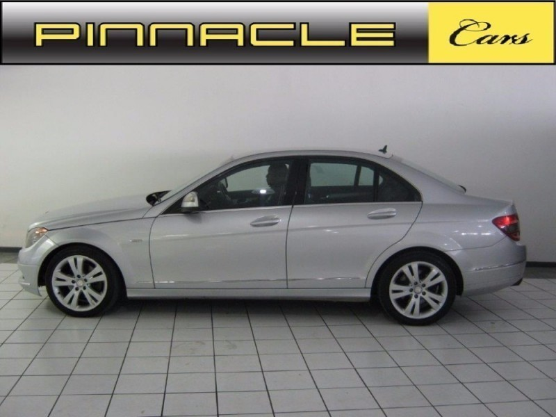 Used mercedes benz c class c200k avantgarde for sale in for Mercedes benz c class 2008 for sale
