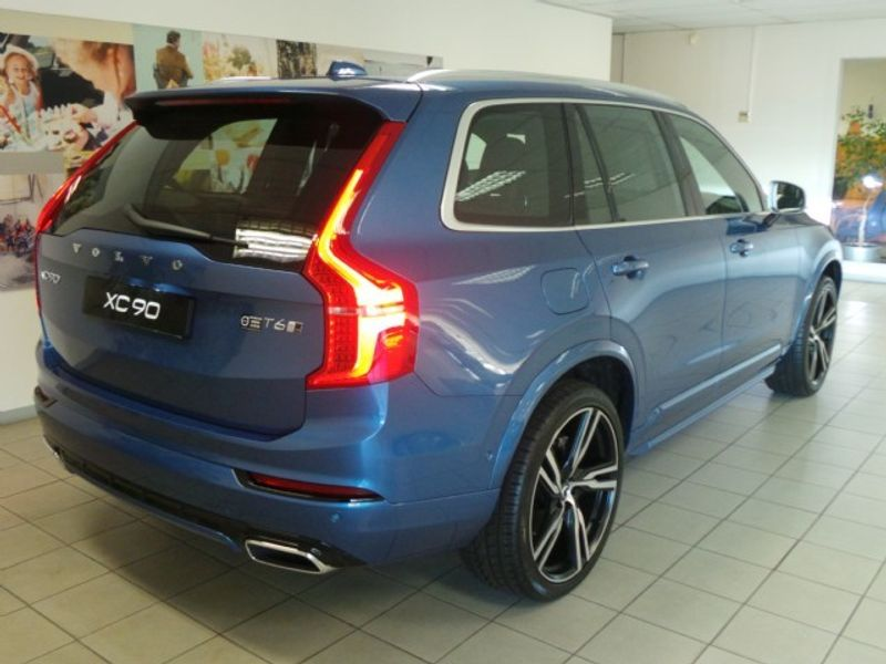 used volvo xc90 t6 r design awd for sale in gauteng id 2124570. Black Bedroom Furniture Sets. Home Design Ideas