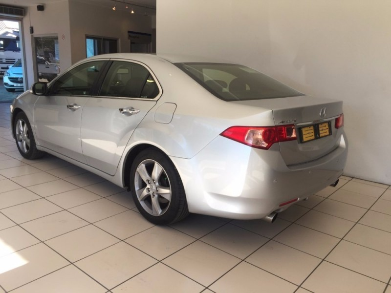 used honda accord honda accord 2 4 i vtec executive 4 door at for sale in western cape. Black Bedroom Furniture Sets. Home Design Ideas