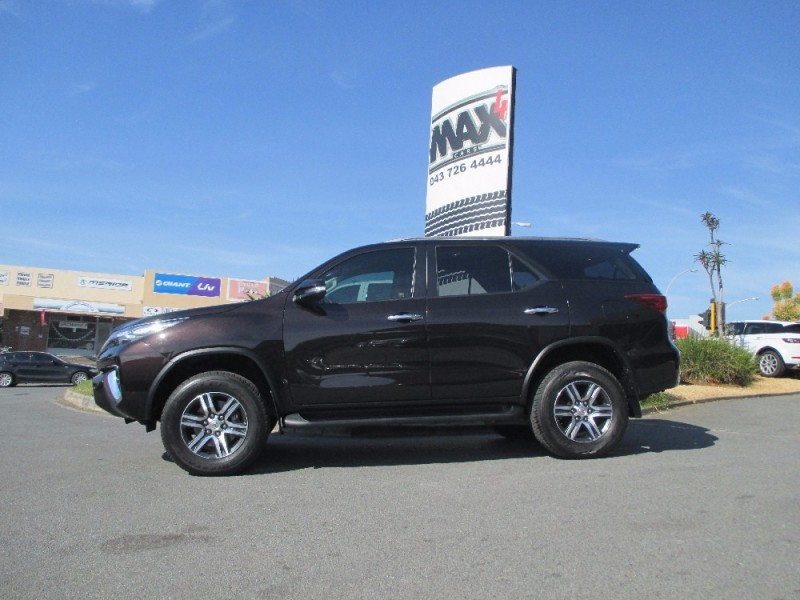 Used toyota fortuner 2 8gd 6 r b auto for sale in eastern for Easterns automotive group eastern motors