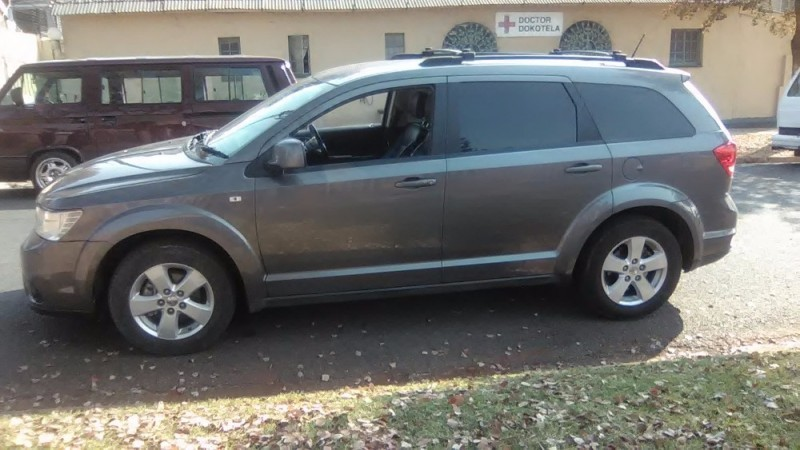 used dodge journey 3 6 v6 crossroad for sale in gauteng id 2126556. Black Bedroom Furniture Sets. Home Design Ideas