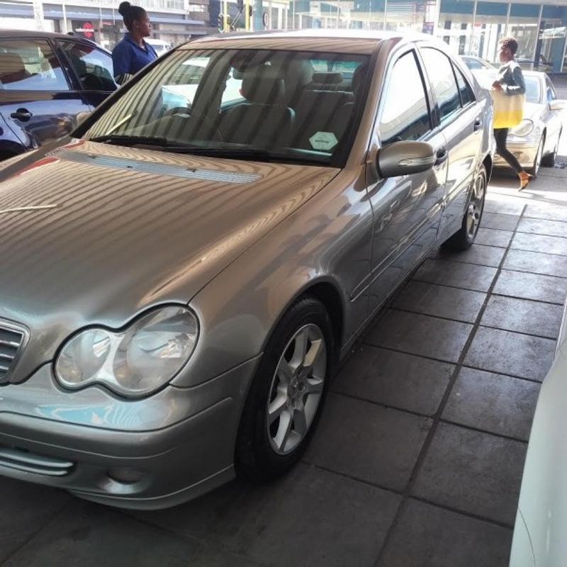 Used mercedes benz c class c 180 elegance a t for sale in for 2006 mercedes benz c class for sale
