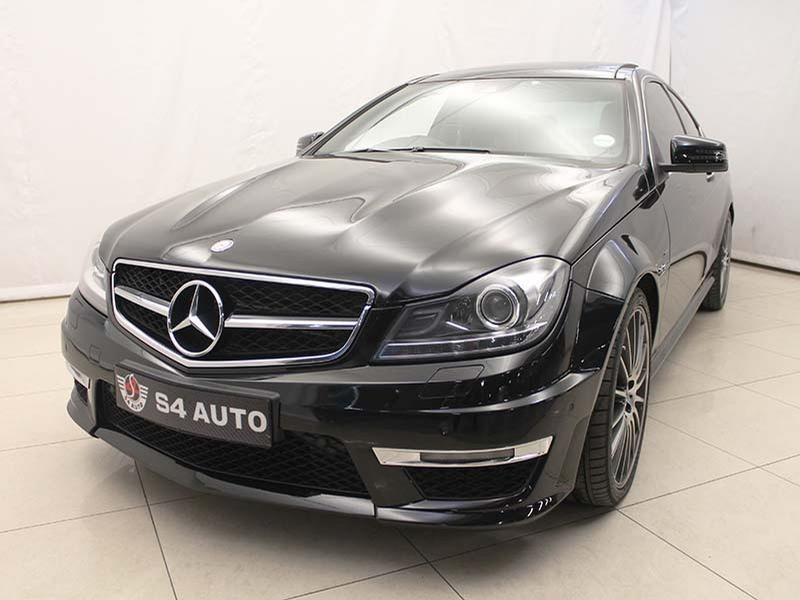used mercedes benz c class c63 amg coupe for sale in gauteng id 2138758. Black Bedroom Furniture Sets. Home Design Ideas