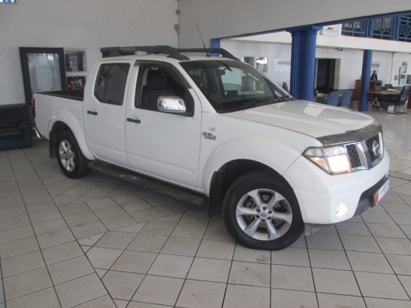 used nissan navara 4 0 v6 double cab for sale in gauteng id 2140794. Black Bedroom Furniture Sets. Home Design Ideas