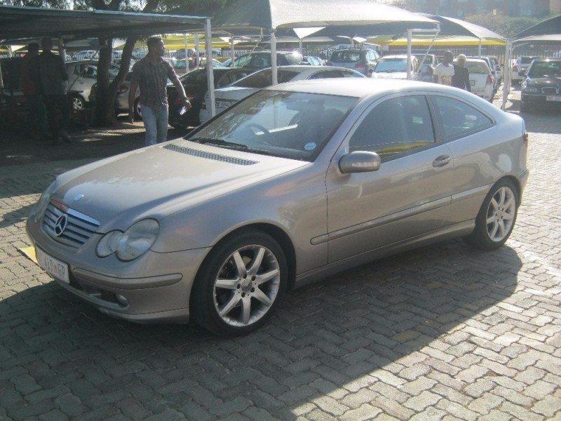 Used mercedes benz c class c 230k coupe for sale in for 2004 mercedes benz c class hatchback