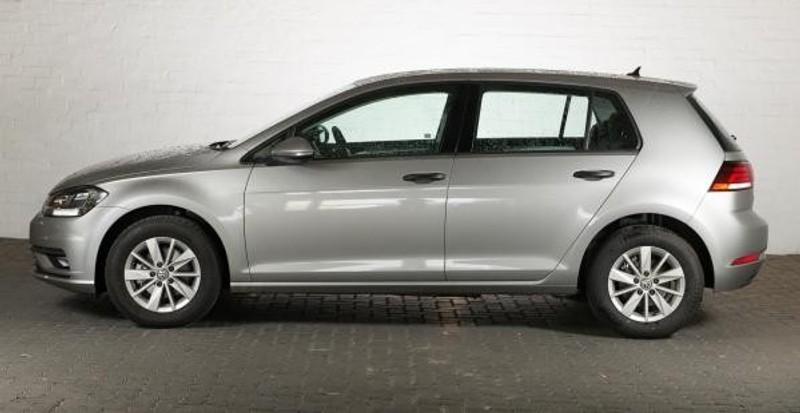 used volkswagen golf vii 1 0 tsi trendline for sale in gauteng id 2144588. Black Bedroom Furniture Sets. Home Design Ideas