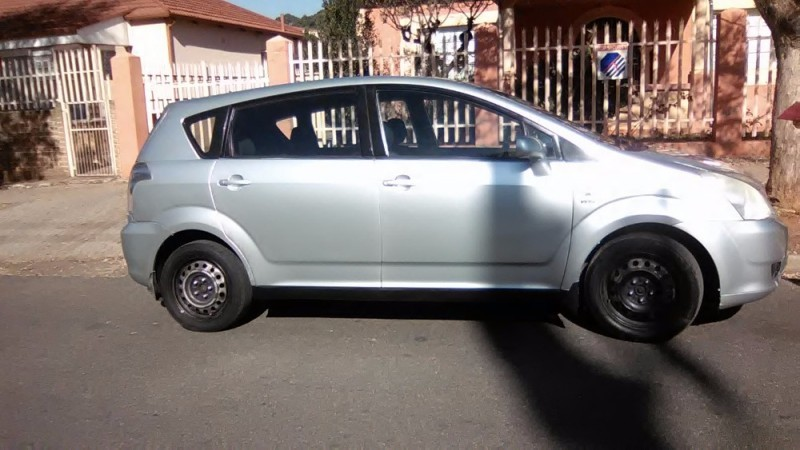 used toyota corolla verso 1800 for sale in gauteng id 2157056. Black Bedroom Furniture Sets. Home Design Ideas