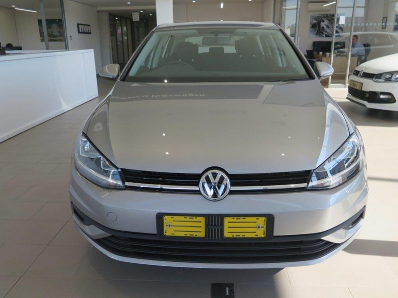 used volkswagen golf vii 1 0 tsi trendline for sale in gauteng id 2163372. Black Bedroom Furniture Sets. Home Design Ideas
