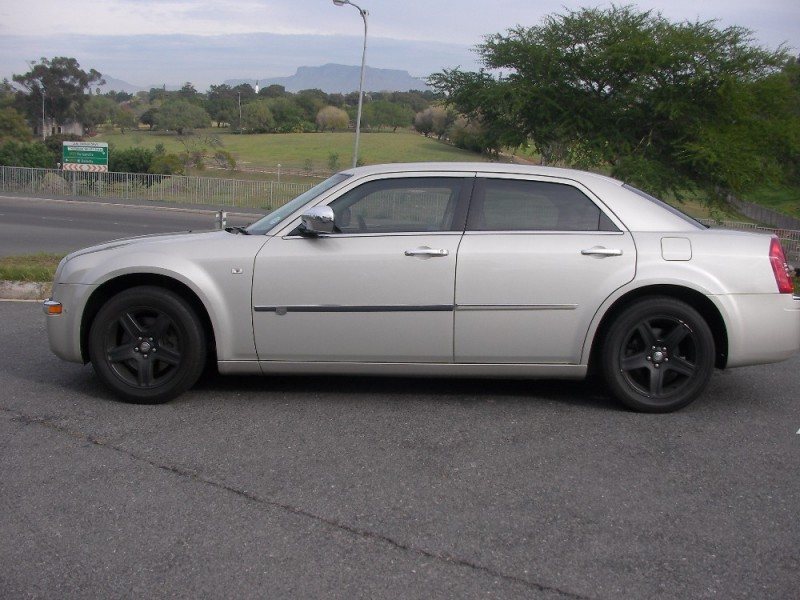 Used Chrysler 300c 3 5 V6 A T For Sale In Western Cape Cars Co Za Id 2187932