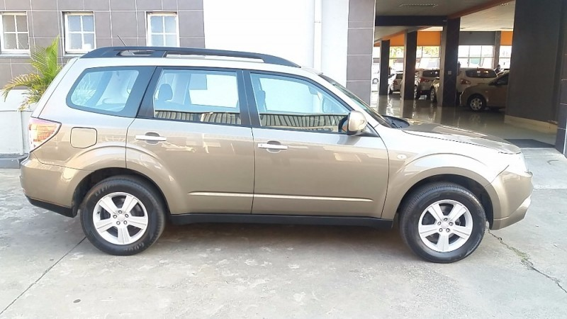 used subaru forester 2 5 xs m all wheel drive with low range for sale in kwazulu natal cars. Black Bedroom Furniture Sets. Home Design Ideas