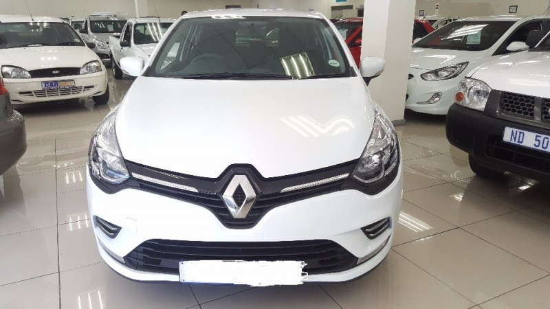 used renault clio clio 4 900 t expression 5 dr for sale in kwazulu natal id 2206634. Black Bedroom Furniture Sets. Home Design Ideas