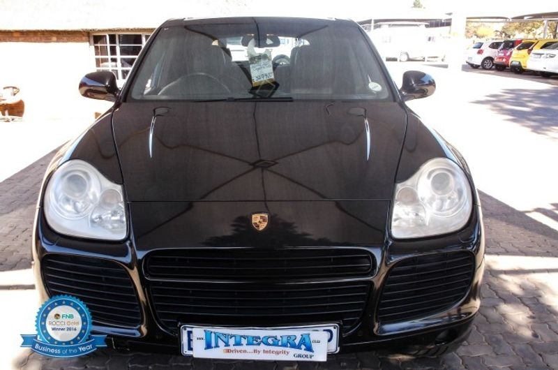 used porsche cayenne turbo tiptronic for sale in gauteng id 2211970. Black Bedroom Furniture Sets. Home Design Ideas