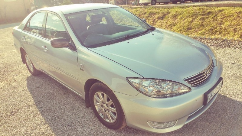 used toyota camry 2 4 xli for sale in gauteng id 2215618. Black Bedroom Furniture Sets. Home Design Ideas