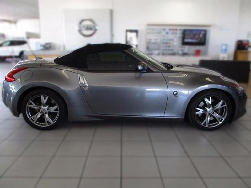 used nissan 370z roadster a t for sale in western cape id 2217368. Black Bedroom Furniture Sets. Home Design Ideas