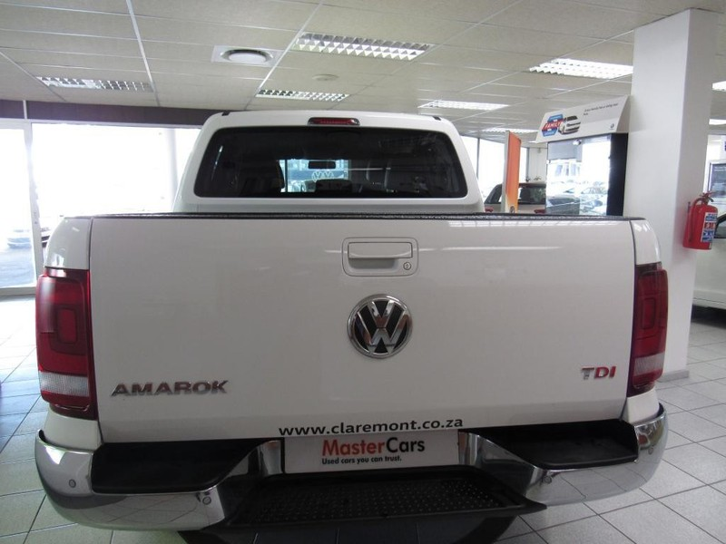 Car Dealers Tableview