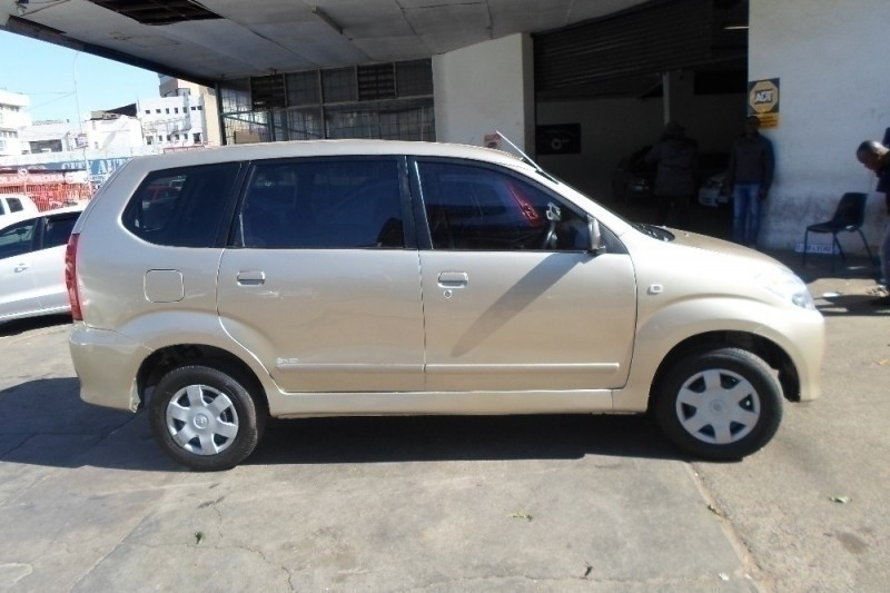 Used Toyota Avanza 1.3 Sx 2011 model for sale in Gauteng - Cars.co.za (ID:2250770)