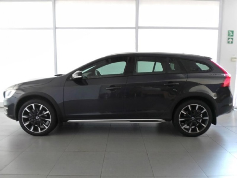 used volvo v60 cc t5 inscription geartronic awd for sale in western cape id 2265628. Black Bedroom Furniture Sets. Home Design Ideas