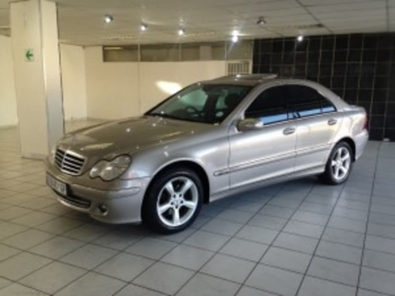 Used mercedes benz c class 2006 c180k avantgarde for sale for Mercedes benz c class 2006 for sale
