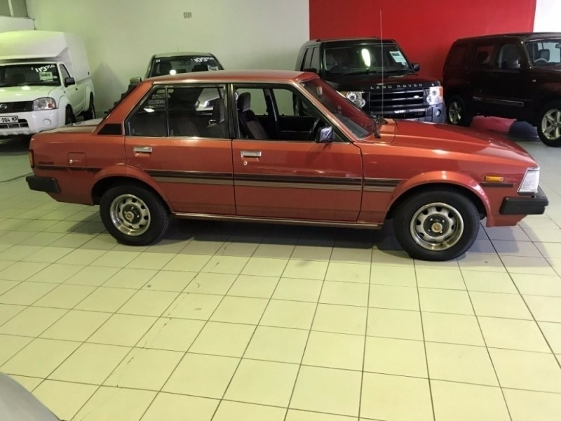 used toyota corolla 1 8 se a t for sale in gauteng id 2298988. Black Bedroom Furniture Sets. Home Design Ideas
