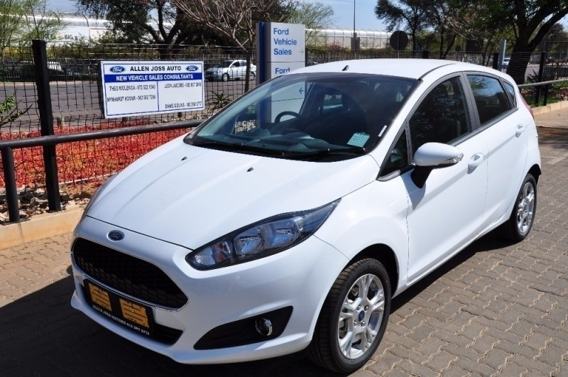 used ford fiesta fiesta 1 0 ecoboost trend manual 5dr for. Black Bedroom Furniture Sets. Home Design Ideas