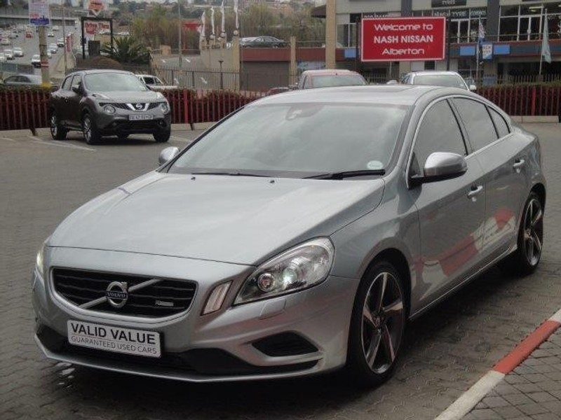 used volvo s60 t6 r design geartronic for sale in gauteng id 2305344. Black Bedroom Furniture Sets. Home Design Ideas