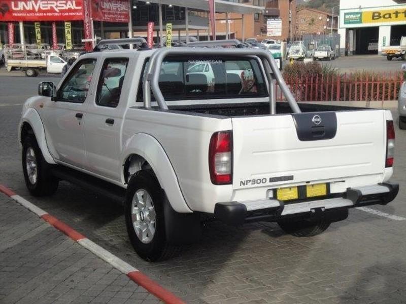 Used Nissan Hardbody NP300 2.4i HI-RIDER Double Cab Bakkie for sale in Gauteng - Cars.co.za (ID ...